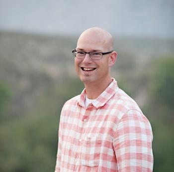 professional blogger Jon Dykstra